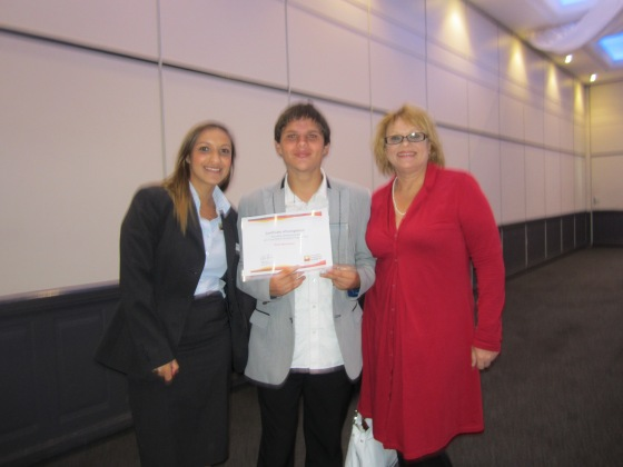 Trent Mortenson (middle) with AES Careers Consultant, Tammy Iselin and Qantas representative, Debbie Lanham